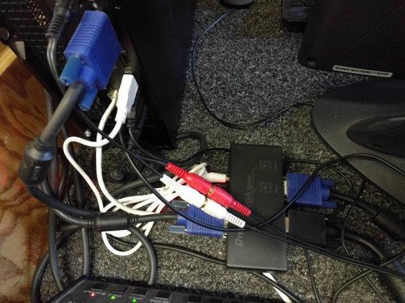 VGA Splitter.jpg